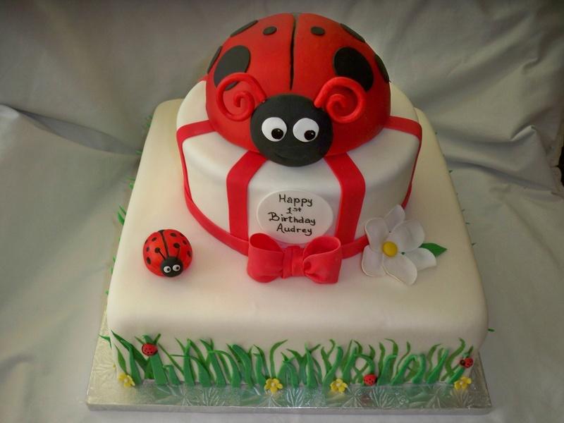 Ladybug cake :)