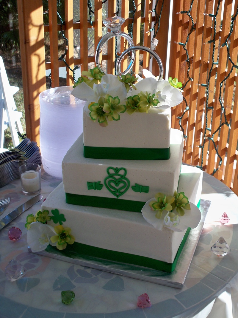 irish wedding cakes pictures wedding cakes by 16485